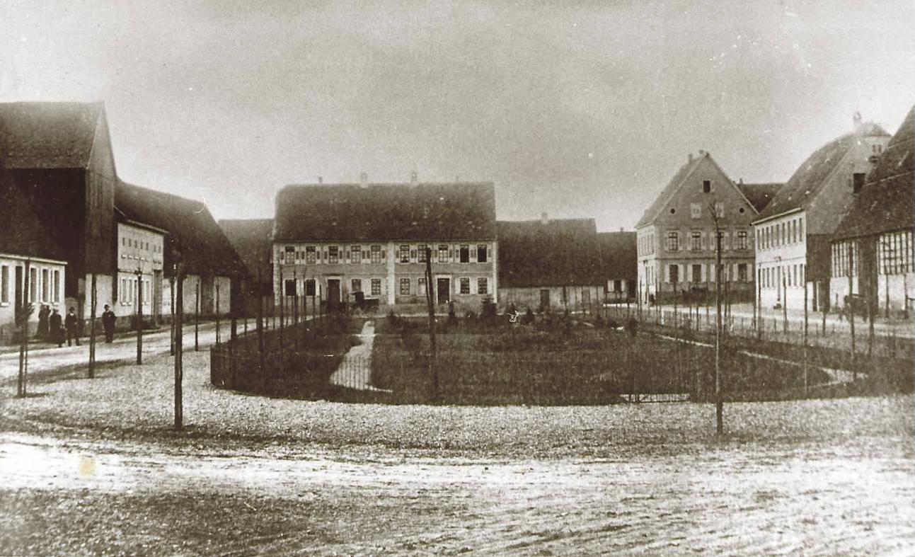 Dorfplatz des Grenzhof Heidelberg, 1908